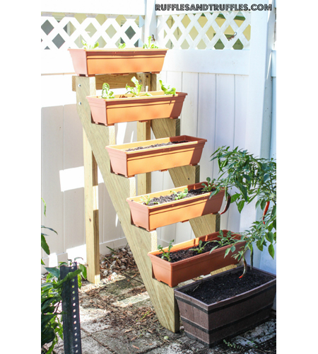 DIY-Vertical-Planter