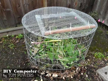 DIY Composter Made From Hardware Cloth
