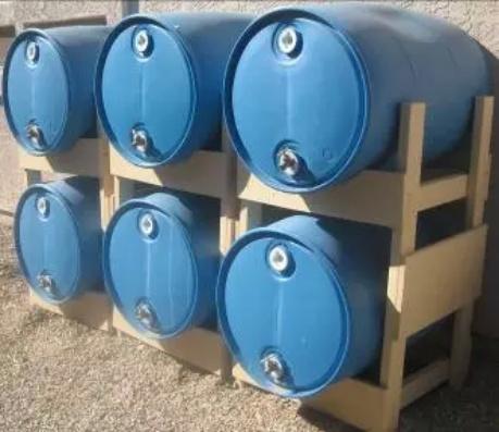 DIY Water Barrel Stand