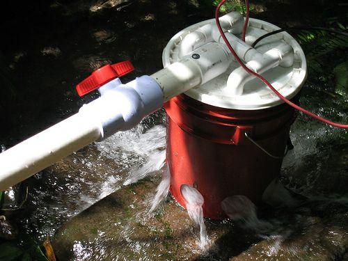 DIY 5 Gallon Bucket Hydroelectric Generator