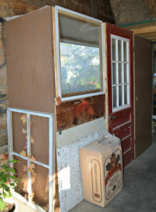 DIY Recycled Doors Chicken Coop Plans