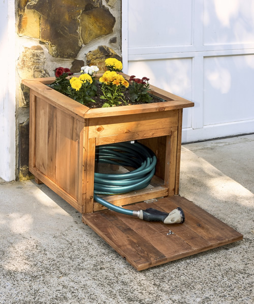 DIY Wood Pallet Hose Holder With Planter