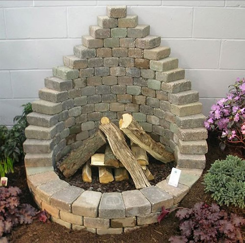 DIY Fire Pit From Pavers